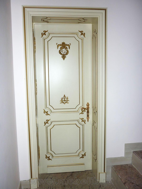 Двери – эмаль «слоновая кость» с золотой резьбой