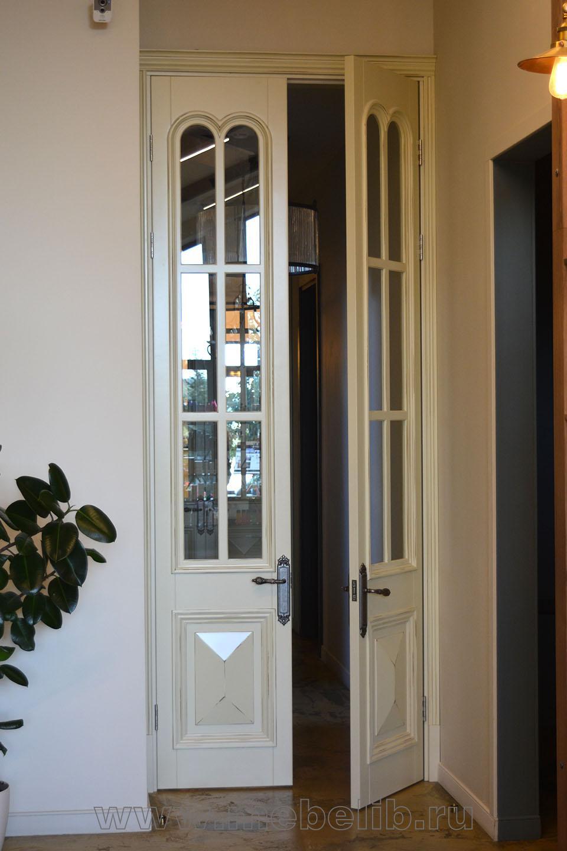 Высокие межкомнатные двухстворчатые двери